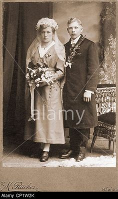 people, marriage, bridal couple, cabinet card, C. M. Ruecker, Maehrisch Truebau (Moravska Trebova), Moravia, Czechia, circa 1910 Stock Photo