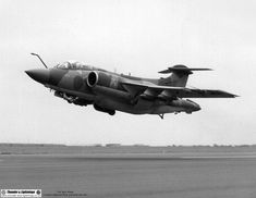 Typical Buccaneer take-off - not so much pulling back on the stick, more just retracting the gear and levitating by sheer willpower. Military Jets, Military Aircraft, Blackburn Buccaneer, Hms Ark Royal, War Jet, South African Air Force, Navy Carriers, Aviation Image, Thunder And Lightning