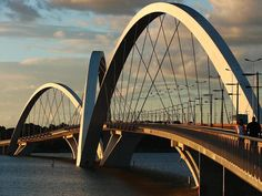 Oscar Niemeyer - Brazilian architect - Chicquero Design - Brasilia JK Bridge