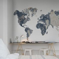 We give you the frame work, the contours of the continents and the borders of the countries – you fill it with content. Battered Wall gives you a rough structure for a background.