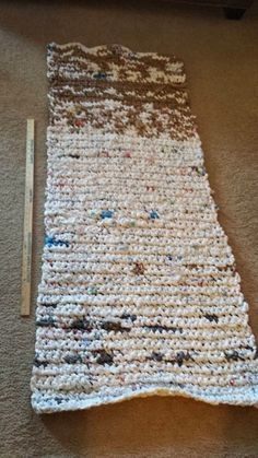 Crocheting Mats From Plastic Bags : about Crocheted Sleeping Mats on Pinterest Plastic bags, Plastic ...