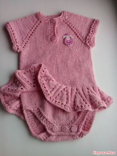 Добрый день дорогие рукодельницы! Хочу показать вам боди с юбочкой для девочек 6-9 месяцев. Использовала круговые спицы N3, пряжу Alize Cotton Gold производства Турция. Knit Baby Sweaters, Knitted Baby Clothes, Knitting For Kids, Baby Knitting Patterns, Knit Baby Dress, Knit Vest, Sweater Set, Knitwear, Knit Crochet