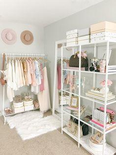 Diy Room Decor, Living Room Decor, Bedroom Decor, Home Decor, Room Decorations, Ikea Mirror, Mirrors, Dressing Room Design, Simple Closet