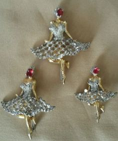 Reduced-3-Large-Vintage-Identified-REJA-Ballerina-Brooches-Top-Quality-1940s