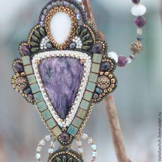 Купить Кулон из бисера с камнями, вышивка бисером, фиолетовый зеленый (0331) - кулон, крупный кулон