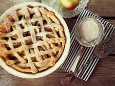 Criss Cross Apple Pie