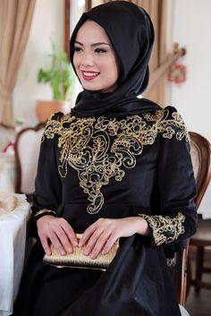 Mevra Siyah Kadife Fulya Abiye Elbise