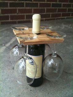 Suporte para taças na garrafa de vinho