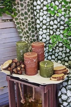 DIY σύνθεση για φθινόπωρο με κεριά, ξύλινους κορμούς και βελανίδια. Διάβασε στο άρθρο μας περισσότερες ιδέες για φθινοπωρινή διακόσμηση #φθινοπωρινηδιακοσμηση #διακοσμηση2019 #φθινοπωριναδιακοσμητικα #φθινοπωρινοντεκορ #falldecor #falldecorating #falldecorideas #diyfalldecor #diyhomedecor #autumndecor #autumndecorations #indoorautumndecorations #diyhomedecor #diyhomedecorideas #barkasgr #barkas #afoibarka #μπαρκας #αφοιμπαρκα #imaginecreategr
