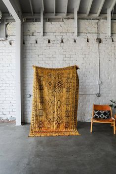 Rooms of patricinhas - Home Fashion Trend Moroccan Style Rug, Morrocan Rug, Moroccan Bedroom, Moroccan Lanterns, Moroccan Interiors, Moroccan Decor, Mustard Rug, Mustard Bedding, Linen Bedding