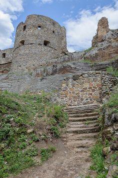 Fiľakovo Castle, Slovakia Medieval, Schengen Area, Villas, Templer, Heart Of Europe, Castle Ruins, Fortification, Beautiful Places In The World, Central Europe