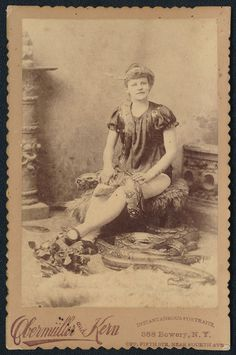CABINET CARD PHOTO - CIRCUS SIDESHOW - SNAKE CHARMER BY OBERMULLER & KERN - RARE