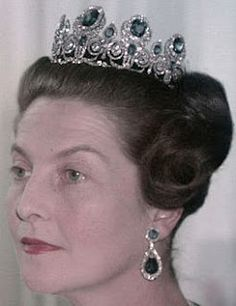 Tiara Mania: Queen Marie Amelie of France's Sapphire Tiara worn by Princess Isabelle, Countess of Paris
