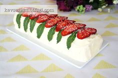 Strawberry Roll Cake Recipe Turkish Fashion, Turkish Style, Strawberry Roll Cake, Confectioners Sugar, Food Cakes, Yummy Cakes, Cake Recipes, Cooking, Desserts