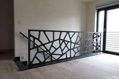 Yves Deneyer - Menuiserie métallique - Ferronnerie Modern Stair Railing, Modern Stairs, Railing Design, Modern Patio, Patio Canopy, Stairways, House Design, Home Decor, Carpentry