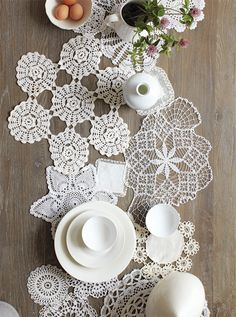 crochet, lace, doilies, table runner, table setting