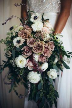 mauve winter wedding bouquets/ rustic chic wedding bouquets #weddingflowers