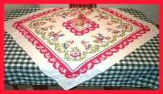 Vintage Tablecloth Lovers Club - Beginning a Collection, How to display vintage linens