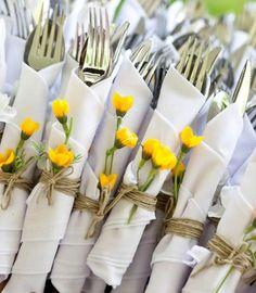 Garden party weather: Here are 15 great decoration ideas - Gartenparty Deko Ideen - Summer Wedding, Diy Wedding, Wedding Backyard, Trendy Wedding, Wedding Rustic, Wedding Venues, Wedding Flowers, Wedding Country, Rustic Weddings