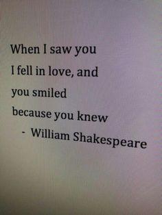 그녀를 본 순간 난 사랑에 빠졌다. 그녀가 나를 향해 미소지었다. 내 마음을 읽은 것이다.