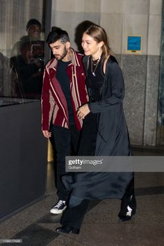 """January Zayn and Gigi Hadid are seen in Madison Square Park, NY. Zayn Malik Style, Madison Square, Gigi Hadid, Gotham, Bomber Jacket, Singer, Shit Happens, Twitter"