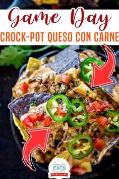 #spon Game Day entertaining and homemade slow cooker Queso con Carne is a cinch thanks to your Crock-Pot® Slow Cooker. Game Day Crock-Pot Queso con Carne features gooey cheese combined with spicy meat, tomatoes, and plenty of tortilla chips for scooping. It is perfect for all your homegating parties. | Good Life Eats @goodlifeeats #superbowldip #crockpotdip #conqueso #goodlifeats Slow Cooker Chilli, Crock Pot Slow Cooker, Slow Cooker Recipes, Crockpot, Healthy Appetizers, Appetizer Recipes, Dinner Recipes, Healthy Recipes, Delicious Recipes