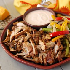 grilled chicken fajitas, big green egg fajita, cast iron wok, grilled peppers