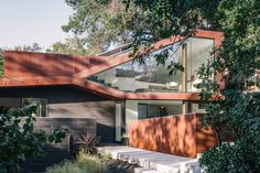 Dwell - This Los Angeles Home is Driven by Automotive Design