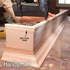 Home Remodeling Diy DIY cornice window box More - Custom-build your own window cornices for one-fourth the price of store-bought Window Cornices, Window Coverings, Window Treatments, Valances, Window Cornice Diy, Pelmet Box, Eames Design, Design Design, Diy Crown Molding