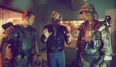 Michael Biehn & Ricco Ross with director James Cameron behind the scenes on #Aliens (1986)