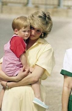 royal family baby photos - prince harry and princess diana.jpeg