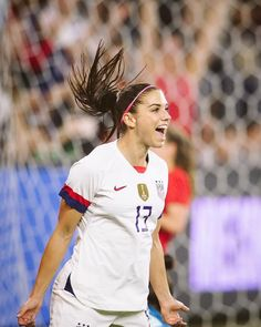 For Country. (via Hana Asano ) Girls Soccer Cleats, Play Soccer, Nike Soccer, Soccer Memes, Soccer Quotes, Soccer Tips, Jesus Reyes, Alex Morgan Soccer, Manchester United Soccer