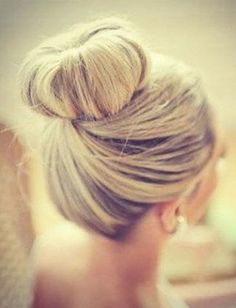 By Steph K. #topknot @Bloom.com