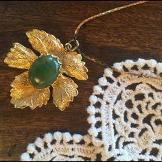 Boho golden leave and green gem necklace Very long snake chain. Beautiful vintage piece Jewelry Necklaces
