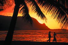 Kaui http://0.tqn.com/d/create/1/0/B/3/B/-/Romance-Kauai-BaliHaiSunst-Coupl-4C.jpg