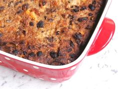 Cuts into 16 generous squares Me and my nana went together like cookies and cream. I realised recently that it … Best Fruit Cake Recipe, Apple Cake Recipes, Easy Cookie Recipes, Baking Recipes, Bread Recipes, Easy Recipes, English Bread Pudding Recipe, Boiled Fruit Cake, Old Fashioned Bread Pudding