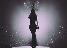Ariana Grande . Honeymoon Tour