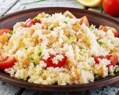 Taboulé aux pois chiches : http://www.fourchette-et-bikini.fr/recettes/recettes-minceur/taboule-aux-pois-chiches.html
