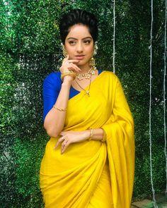 Gorgeous Deepika Singh in Plain Saree Beautiful Girl Indian, Most Beautiful Indian Actress, Indian Tv Actress, Indian Actresses, Kajal Agarwal Saree, Deepika Singh, Kasavu Saree, Plain Saree, Punjabi Bride