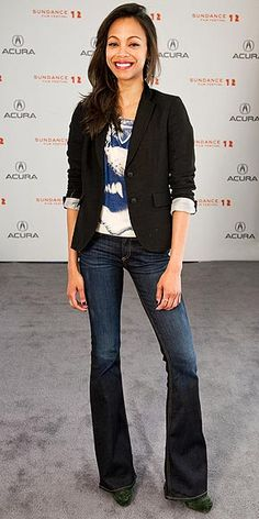 Flare jeans and a blazer, beautiful!