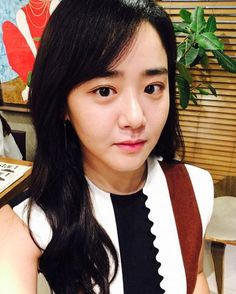 Moon Geun-young undergoes surgery 3 times and awaits results, 'Romeo and Juliet' cancelled Cinderella Stepsisters, Moon Geun Young, Autumn In My Heart, Korean Entertainment News, Korean Actresses, Romeo And Juliet, Naturally Beautiful, Marry Me, Asian Beauty