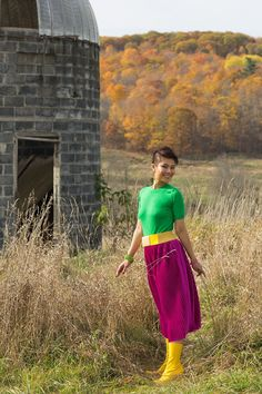 Styling With Fall Colors and Velvet Velvet Pleated Skirt, Velvet Material, Vibrant Colors, Blogging, Topshop, Feminine, Elegant, Fall, Skirts