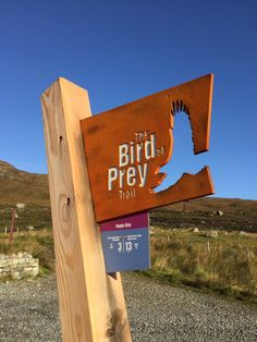 Great to see our bird of prey trail markers looking gorgeous! @RSPBScotland @outerhebs @Bright_3D #interpretation