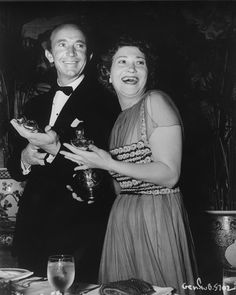 3/19/15 11:37a The Academy Awards Ceremony 1939: Walter Brennan Best Supporting Actor Oscar for ''Kentucky'' Fay Bainter Best Supporting Actress Oscar for ''Jezebel'' Presenter: Tyrone Power 1938