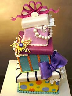 crazy looking cakes | ... Mr. Lovebug is just wild about the topsy-turvy crazy cakes like these