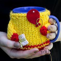 Crochet Cup Cozy Knitted Mug Cozy Kitchen Decor, Birthday Gift Mug Sweater Mug Cozy, Coffee Cozy, Crochet Cup Cozy, Diy Crochet, Cozy Kitchen, Kitchen Decor, Loom Knitting, Knitting Patterns, Tricot