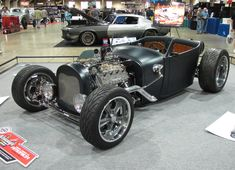33 Coupe Paint Flames | Don Smith of Bedford, Texas brought a handsome '32 Ford powered by a ...