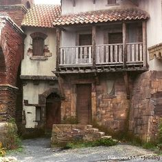 From 15th century Italy to New York Brooklyn today in 2 hours. An amazing afternoon in Korda Studios Hungary. The home of The Borgias and Hellboy as well. :)  #theborgias #hellboy #movie #Italy #travel #trip #fun #set #behindthescenes #filmmaking #movie #moviemaking #NewYork #Brooklyn #bts #cinemalovers #cinema #filmindustry #thesilverscreen #filmset #hollywoodmovie #movielovers #tvseries #onset # #tvshow #family #holiday #travelling #instatravelling #instatrip