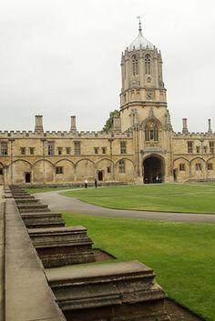 Tom Quad, Christ Church College, Oxford, England