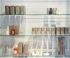 multibrand fashion store miss-m antwerp kapellen shopping culti Paul Joe, Liu Jo, Antwerp, Missoni, Camilla, Bathroom Medicine Cabinet, Store, Shopping, Fashion